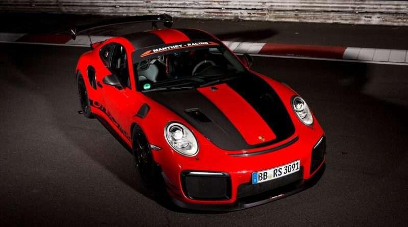 Porsche 911 GT2 RS MR 991