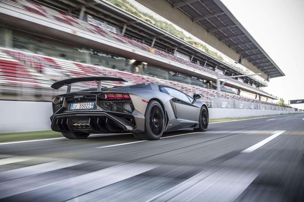 Lamborghini Aventador SV