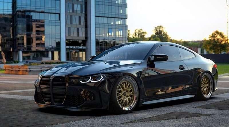 BMW M4 G82 Carbon-Schwarz